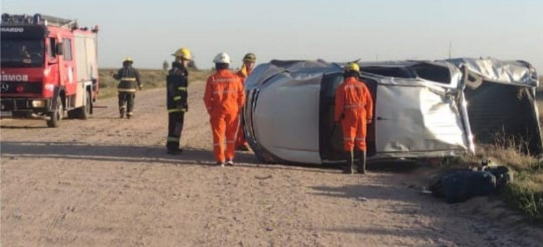 Accidente en Ruta 4: madre e hijo volcaron y fueron hospitalizados