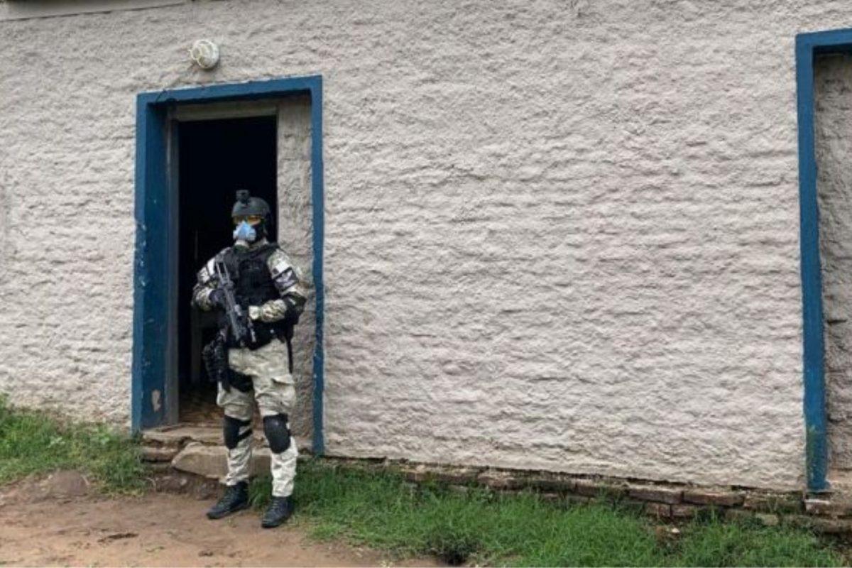 """Laboulaye: detienen a joven de 19 años que hacía """"delivery"""" de drogas"""
