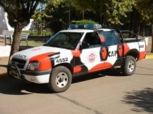Móvil-de-la-CAP-Policía-de-Córdoba-320x240