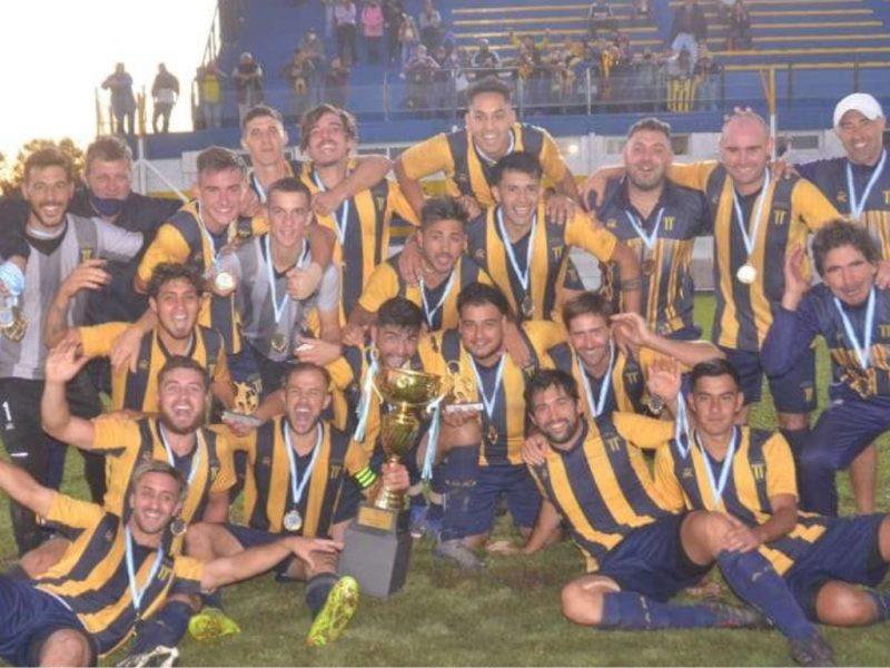 Por primera vez, Olimpo de Laborde se coronó campeón del Provincial de Clubes