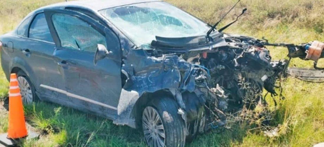 Choque frontal cerca de Vicuña Mackenna: un muerto y tres heridos