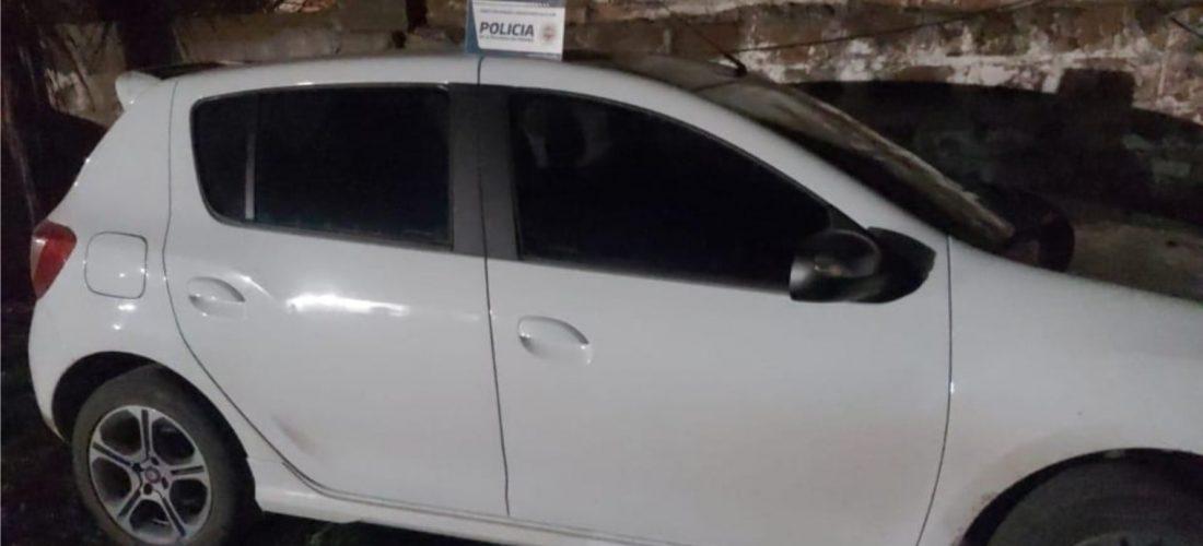Buchardo: secuestran vehículo a un joven que habría evadido los puestos de control