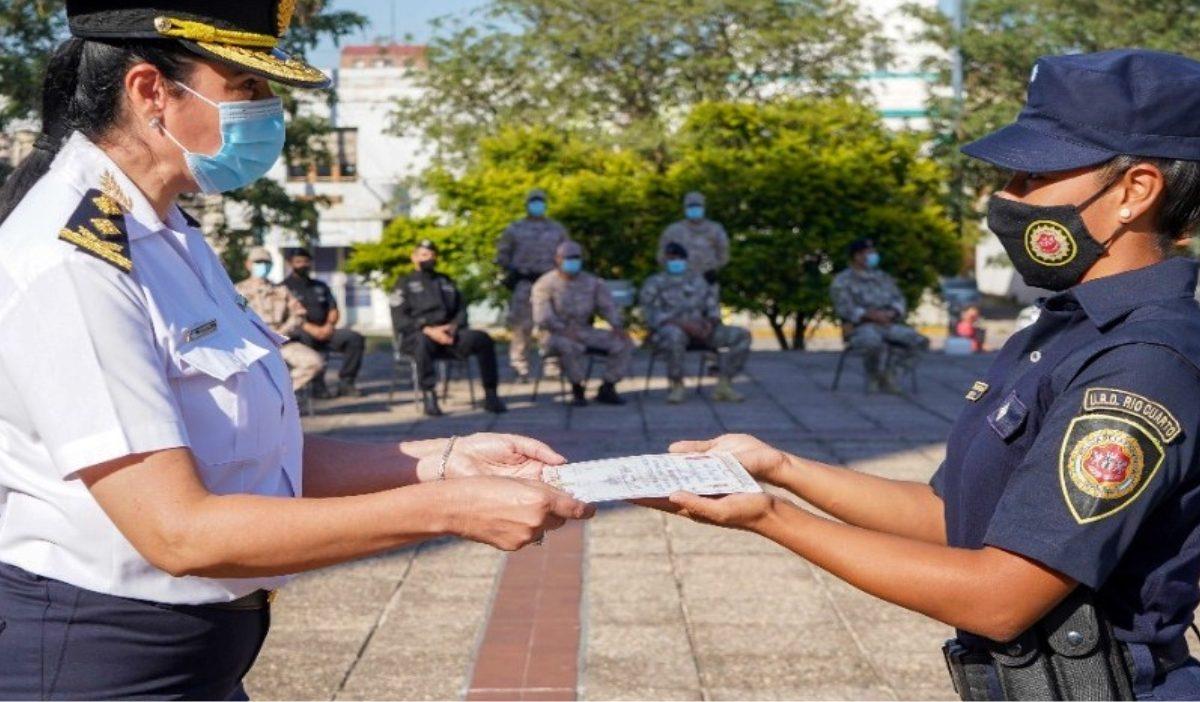 Policía de la Provincia de Córdoba incorpora 12 mujeres a sus cuerpos especiales