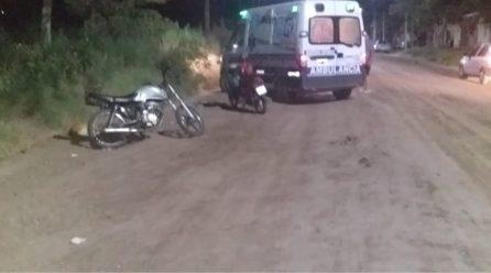 Accidente de tránsito entre dos motos deja como saldo una mujer con lesiones leves