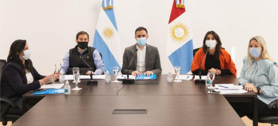 El ministro Julián López informó las medidas de bioseguridad en el sistema penitenciario