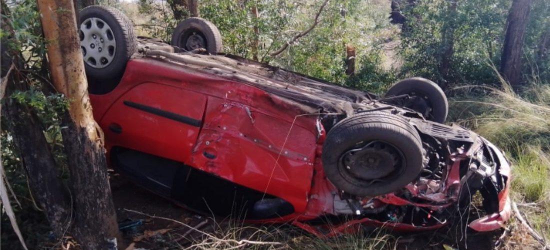 Accidente: un automóvil volcó entre Jovita y Mattaldi: solo daños materiales