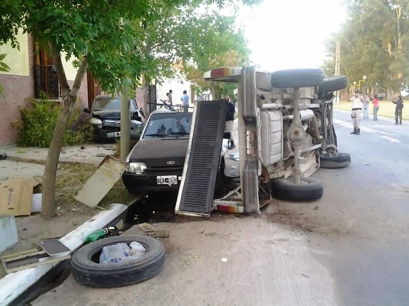 Espectacular accidente en Realicò